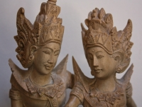 rama and sita wood carving